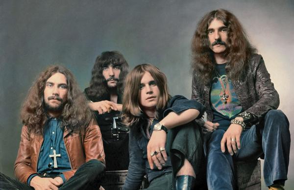 Evolução no Heavy Metal: músicos comentam diversas fases do estilo!