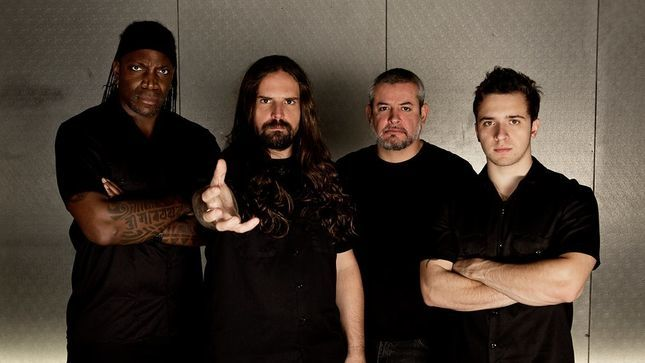 Você conhece a história de uma das maiores bandas brasileiras de Metal? Responda o Quiz do Sepultura!