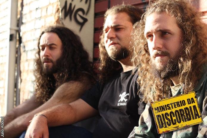 """Ministério da Discórdia: """"O caminho do metal em português é estreito, estamos dando nossa contribuição"""""""