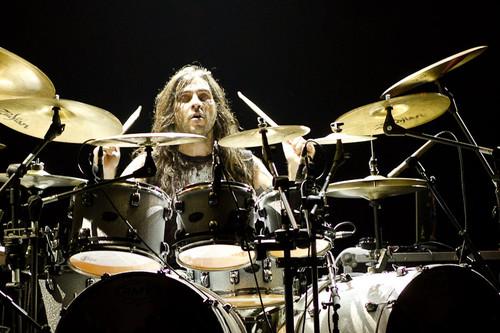 Ricardo Confessori: conheça os músicos que acompanharão o baterista em shows pelo Brasil