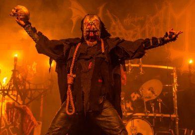 Polêmico vocalista do Mayhem convoca fãs para shows históricos no Brasil