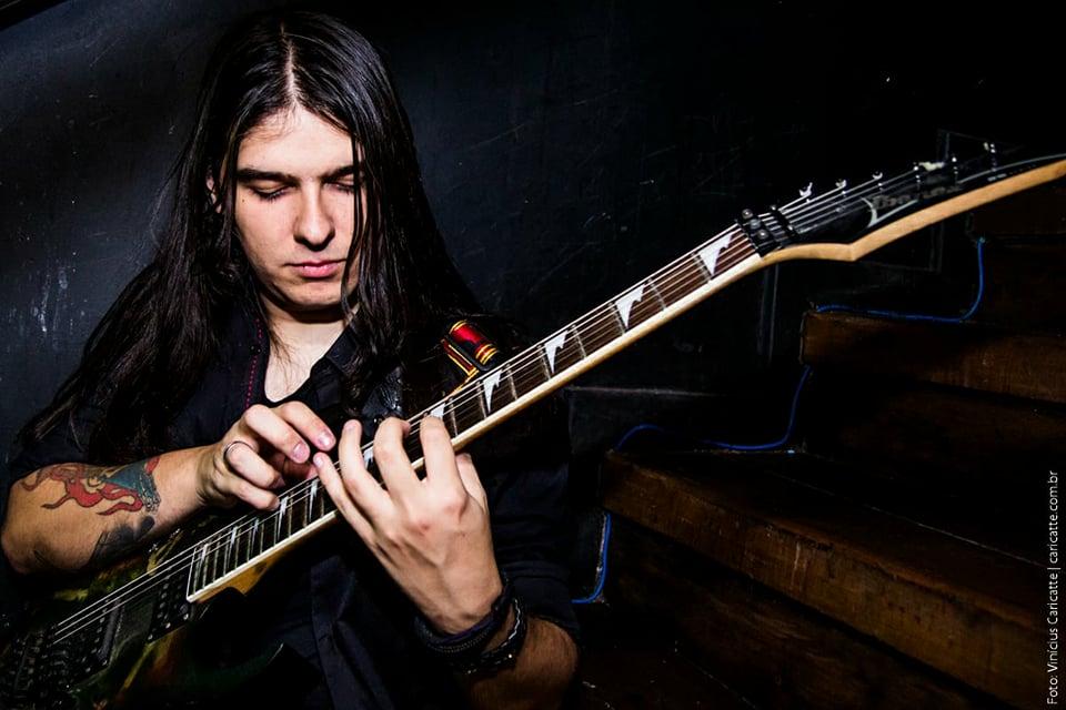 """Guilherme Costa: """"É sempre bom estudar várias vertentes do Rock e do Heavy Metal"""""""