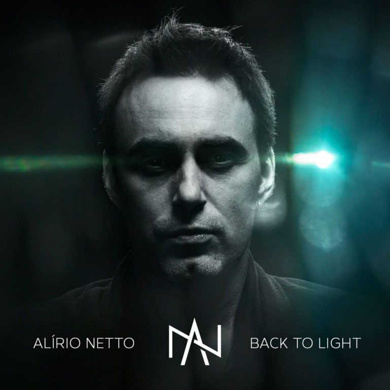 "Assista videoclipe inédito de ""Back to the Light"", novo single de Alírio Netto"