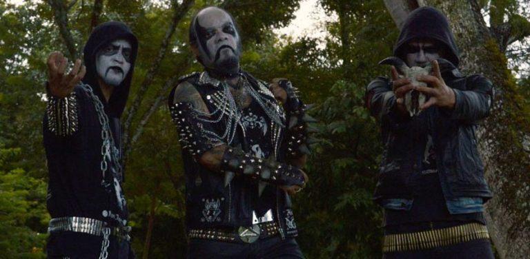 Héia: Banda é destaque no site norte-americano Blackened Horde Zine