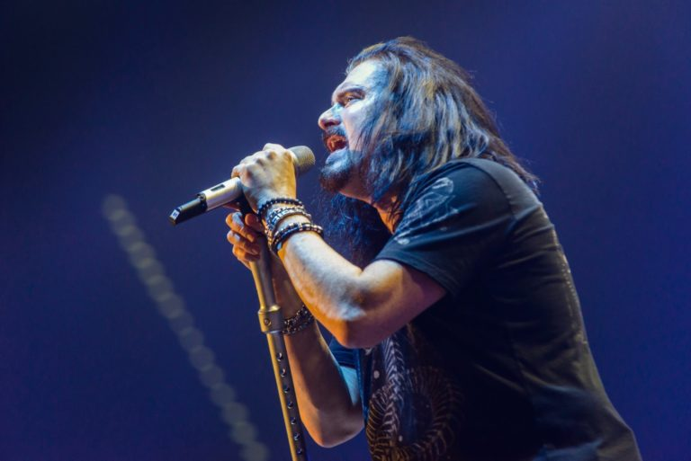 Vocalista James Labrie do Dream Theater retorna ao Brasil para mini turnê com a Noturnall e Alirio Netto
