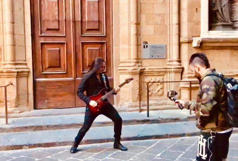 """Edu Falaschi: confirmado videoclipe de """"Streets of Florence""""; veja fotos dos bastidore"""