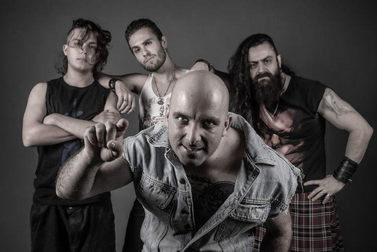 """Atração do """"Roadie Crew – Quarentena Online Festival"""", Suck This Punch divulga single """"Alone"""""""